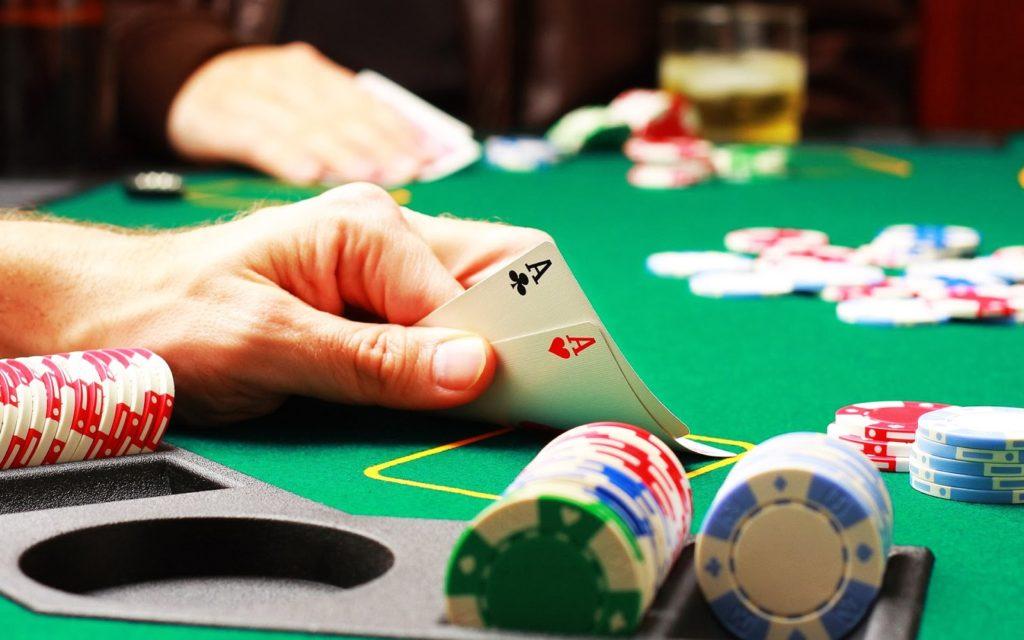 aprender-jogar-poker-ganhar-dinheiro