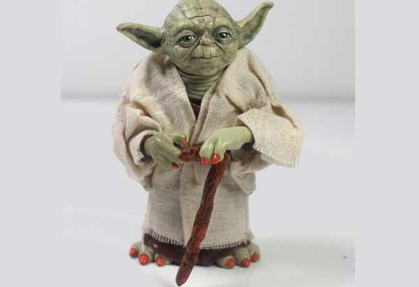 Action Figure Mestre Yoda